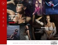 全屏的模特摄影写真企业官网模板